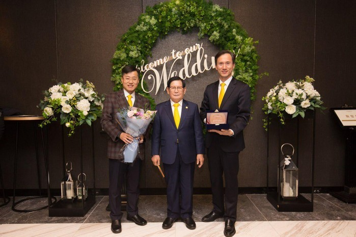 A STEP TOWARDS PEACE Man Hee Lee won the 2018 Seoul Peace Culture Award Man Hee Lee biography Man Hee Lee IWPG HWPL Peace education HWPL