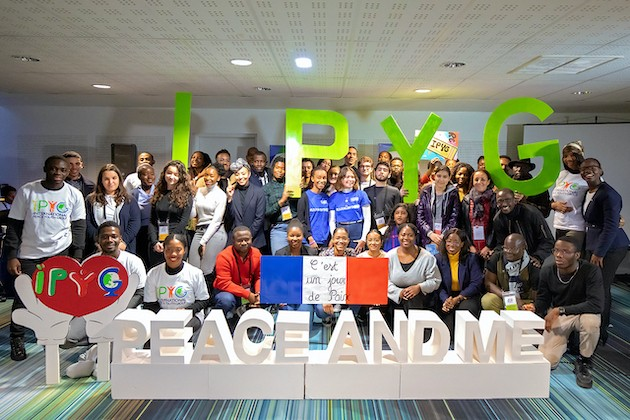 "A STEP TOWARDS PEACE The 2nd IPYG ""Peace and Me"" Forum in Paris Plan des jeunes Peace education Paris manheelee peace biography man hee lee hwpl Man Hee Lee biography IPYG France HWPL GRAD Guinée fédération des travailleurs africains en France et en Europe Etienne Lemaire Association Jeunesse de Madihawaya et Moussala Association Jeunesse Bara 2nd IPYG Peace and Me Forum"